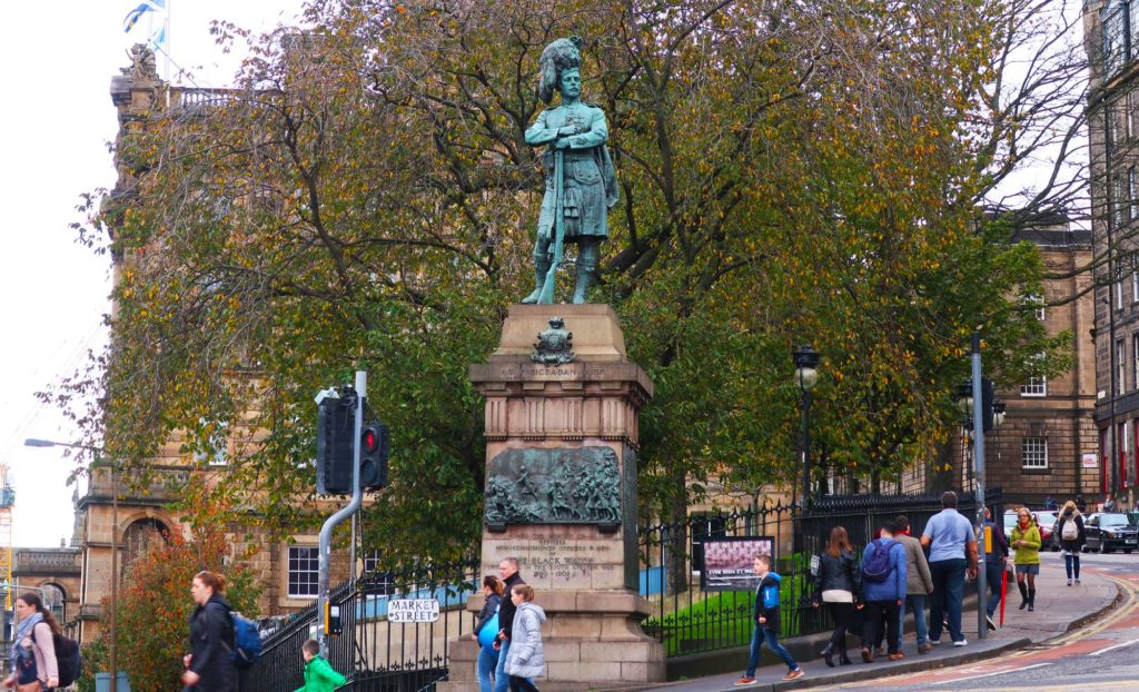 Statue in Edinburgh, Scotland
