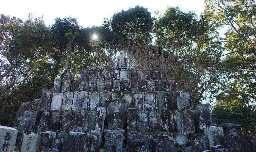 Temple cemeteries in Kyoto, Japan